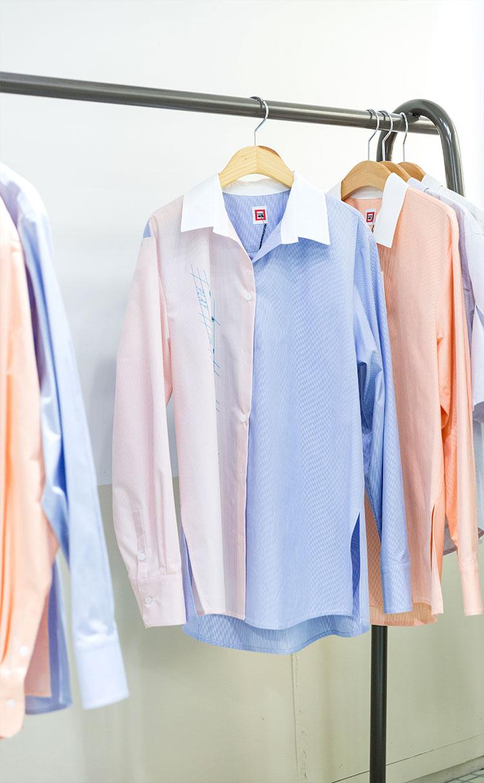 플레이 미미 프린트 오버핏 셔츠 블루