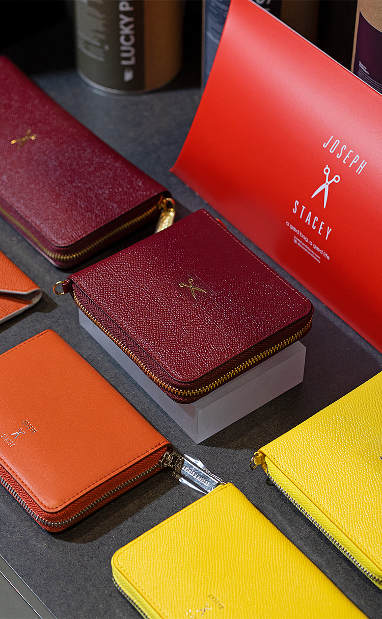 [조셉앤스테이시] Easypass OZ Signature Wallet half Winger Wine